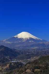 神奈川県松田山から望む富士山の写真素材 [FYI03006275]
