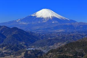 神奈川県松田山から望む富士山の写真素材 [FYI03006282]
