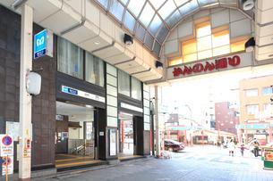 東京メトロ銀座線 浅草駅の写真素材 [FYI03006348]