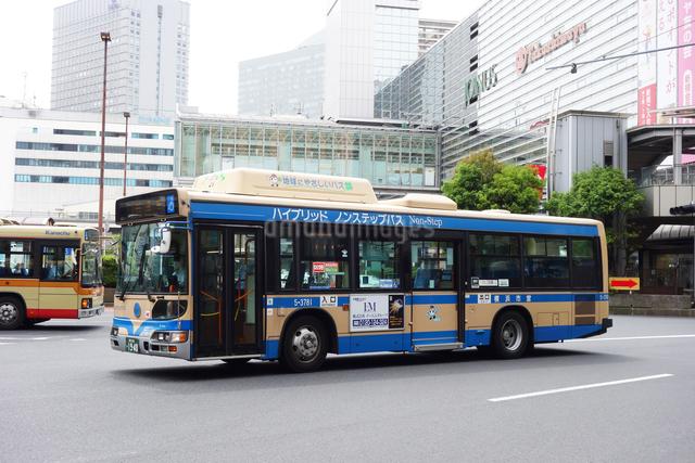 横浜市営バスの写真素材 [FYI03006609]