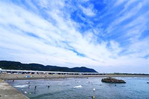 閑散とした大磯海水浴場の写真素材 [FYI03006776]