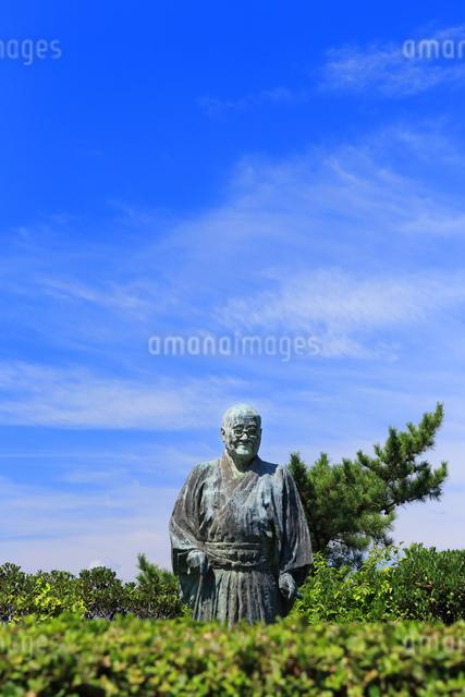 大磯城山公園 吉田茂像の写真素材 [FYI03006832]
