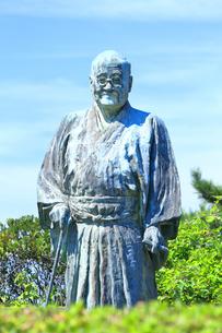 大磯城山公園 吉田茂像の写真素材 [FYI03006841]