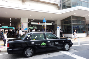 東横線 綱島駅のタクシーの写真素材 [FYI03007169]