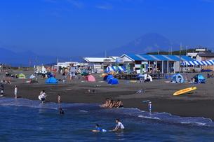 夏のサザンビーチちがさき海水浴場の写真素材 [FYI03007259]