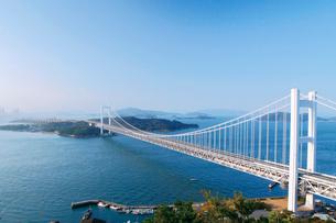 鷲羽山から見る瀬戸大橋の写真素材 [FYI03008185]