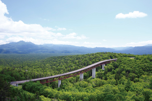三国峠展望台付近より望む松見大橋の写真素材 [FYI03008312]