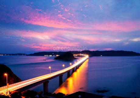 角島大橋と角島の写真素材 [FYI03010377]