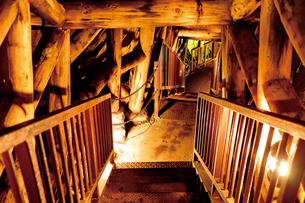 銀山温泉 銀鉱洞の写真素材 [FYI03011313]