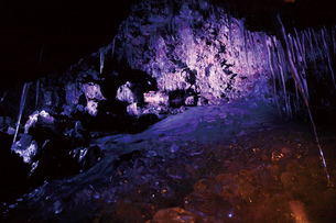 鳴沢氷穴の写真素材 [FYI03011381]