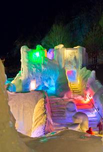 層雲峡氷瀑まつり,ライトアップの写真素材 [FYI03012040]