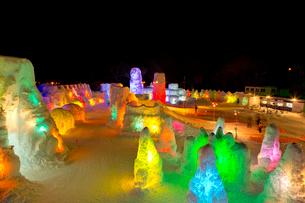 支笏湖氷濤まつり,ライトアップの写真素材 [FYI03012068]