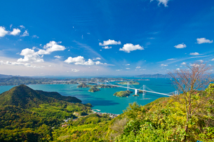 亀老山展望公園より来島海峡大橋を望むの写真素材 [FYI03014151]