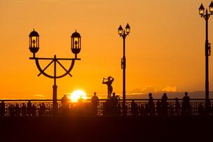 夕景の幣舞橋の写真素材 [FYI03014183]