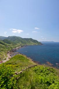 津軽海峡を臨む竜飛崎の写真素材 [FYI03015766]