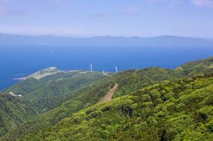 津軽海峡を臨む竜飛崎の写真素材 [FYI03015768]