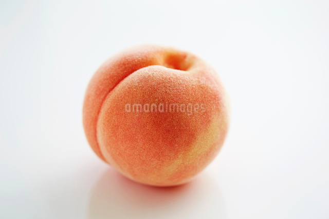 桃の写真素材 [FYI03017726]