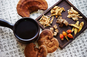 漢方茶の写真素材 [FYI03017728]