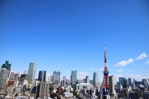 麻布十番から見える東京タワー方面の眺望の写真素材 [FYI03018173]