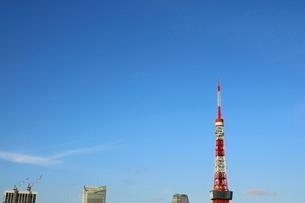 麻布十番から見える東京タワー方面の眺望の写真素材 [FYI03018178]