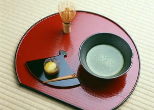 抹茶と和菓子の写真素材 [FYI03024088]