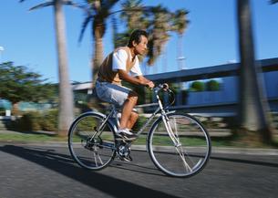 サイクリングの写真素材 [FYI03024782]