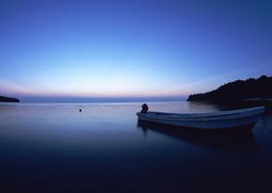 ボートと海の写真素材 [FYI03027838]