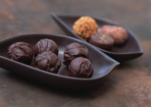 トリュフチョコレートの写真素材 [FYI03029535]
