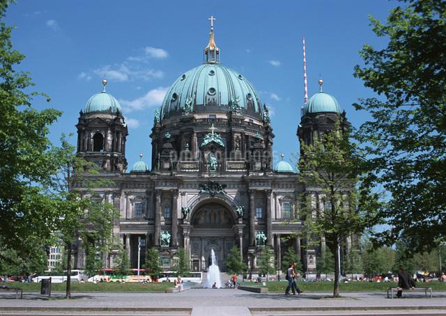 ベルリン大聖堂の写真素材 [FYI03032186]