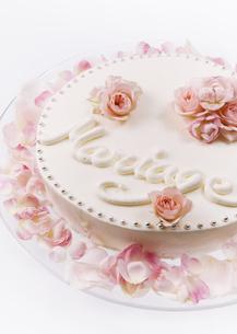 ウェディングケーキの写真素材 [FYI03033546]
