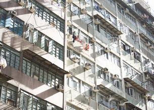 香港のマンションの写真素材 [FYI03034451]