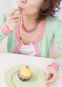 カップケーキの写真素材 [FYI03035604]