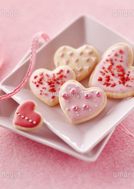 ハートのクッキーの写真素材 [FYI03038513]