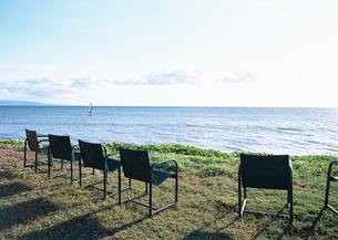 海と椅子の写真素材 [FYI03039521]
