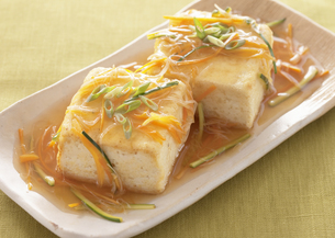 豆腐のあんかけの写真素材 [FYI03040701]