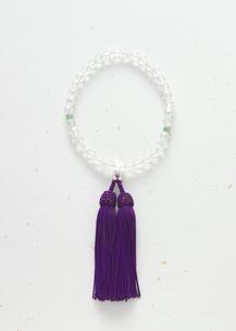 数珠(喪イメージ)の写真素材 [FYI03041991]