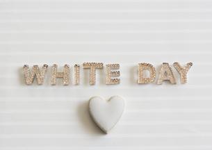 ホワイトデーイメージの写真素材 [FYI03043154]