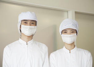食品加工作業員の写真素材 [FYI03043429]
