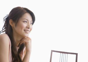笑顔の女性の写真素材 [FYI03048129]