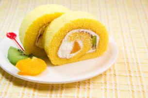 ロールケーキの写真素材 [FYI03051479]