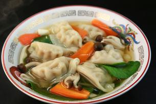 スープ餃子の写真素材 [FYI03052786]