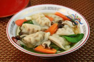 スープ餃子の写真素材 [FYI03052788]