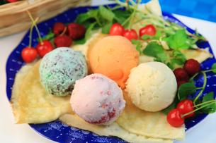 アイスクリームの写真素材 [FYI03054173]