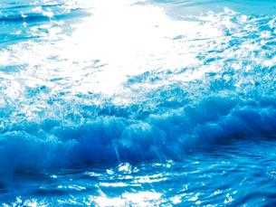 波の写真素材 [FYI03054905]