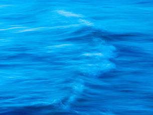 波の写真素材 [FYI03055061]