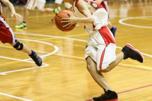 バスケットボールの写真素材 [FYI03055999]