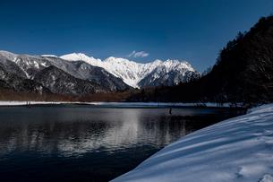 大正池冬景の写真素材 [FYI03056188]