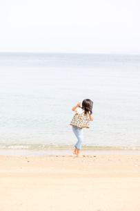 春のビーチの写真素材 [FYI03056390]