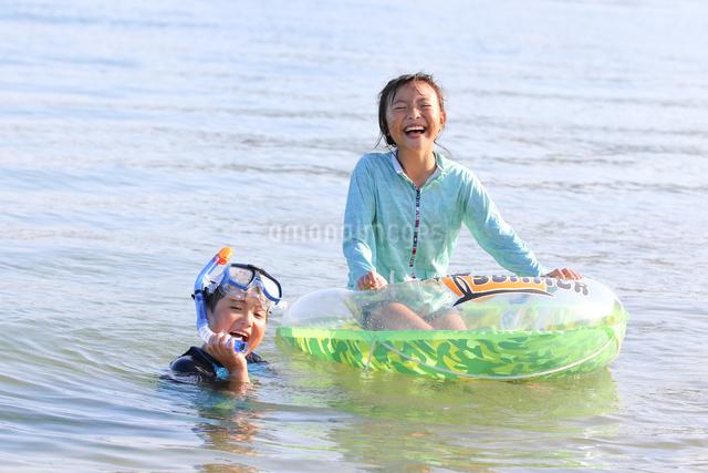 海水浴の写真素材 [FYI03056566]
