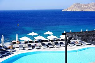 ミコノス島ミコニアンインペリアルホテルから見るエーゲ海の写真素材 [FYI03056715]